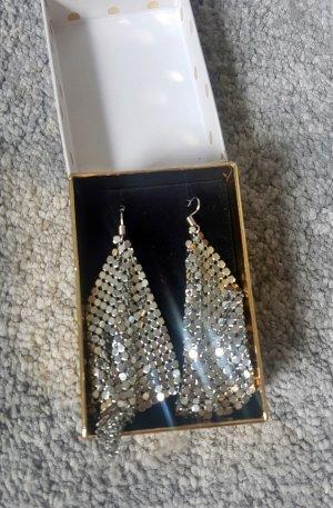 Neue Ohrringe, nie getragen, Geschenkverpackung dazu