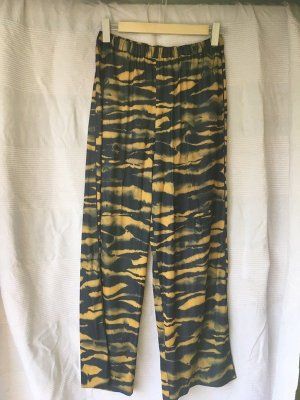 neue & other stories animal print hose