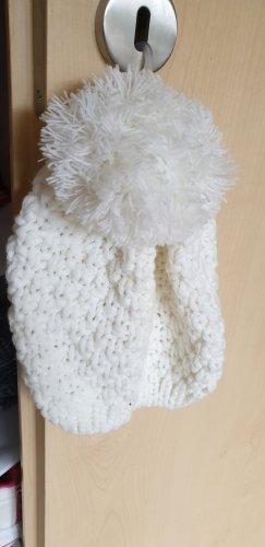 Gina Knitted Hat natural white polyacrylic