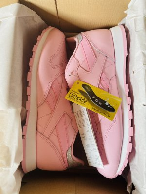 Neue Reebok Classic Leather in seltener Farber Pink Pastel