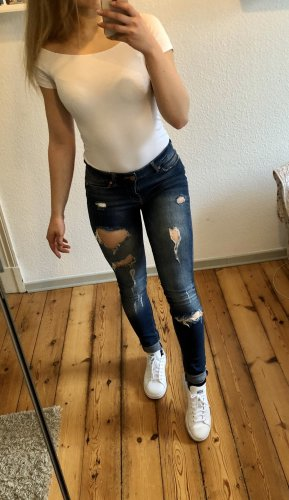Neue Ripped-Jeans von Noisy May