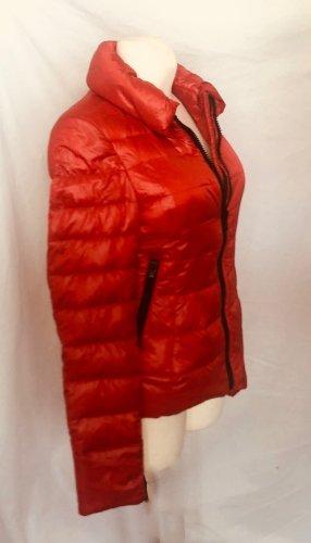 Zara Chaqueta de plumón rojo Poliéster