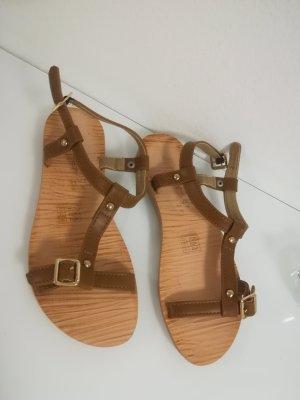 Sandales à lanière brun