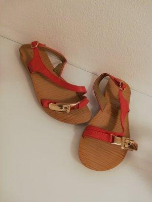Neue Sandalen in Gr. 38