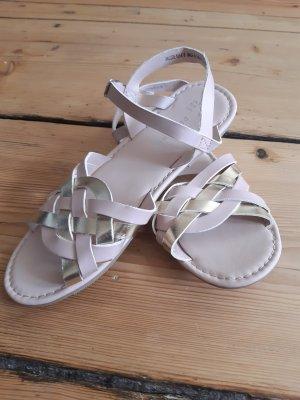 Neue Sandalen! Nude und Rosa. Passt zu alles.