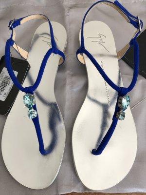 Neue Sandalen von Giuseppe Zanotti