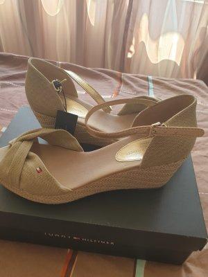 Neue Sandalen von Tommy Hilfiger