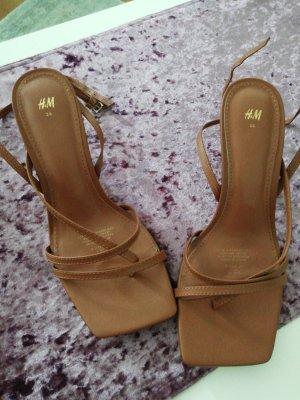 H&M Sandały na obcasie brązowy