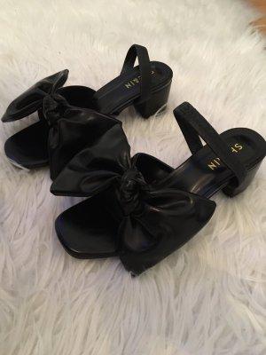 Sandales à talons hauts et plateforme noir