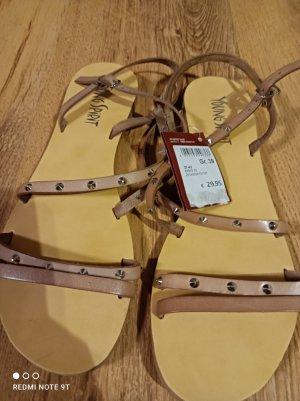 Neue Schuhe Größe 39