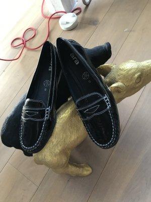 Neue Schuhe im College Stil, schwarz Lack von Ara, Gr.41❤️
