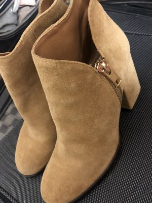 Zara Booties gold-colored