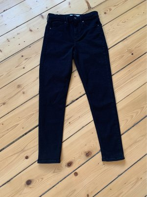 Neue schwarze Jeans von Topshop