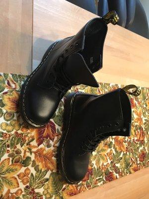 Neue schwarze leder Stiefel Größe 38