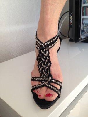 neue schwarze schicke High Heels mit Silberverzierung, Gr. 40
