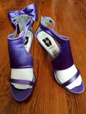 Jumelles Escarpins à bout ouvert violet tissu mixte