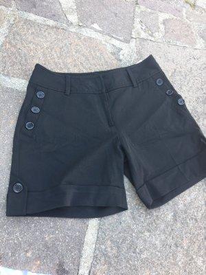 Neue Shorts mit Knöpfen, Bloggerstyle, ausverkauft. Gr. 36, High Waist, sehr chic!