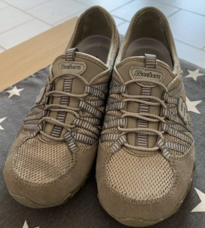 Neue Skechers Schuhe