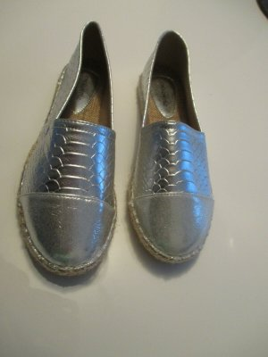 Neue Slipper Gr.39 Silber