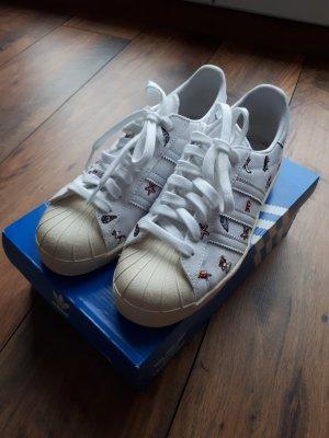 Neue Sneaker Superstar 80's von Adidas
