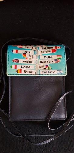 Neue Tasche für Pass, Kreditkarten etc.