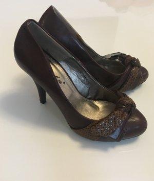 Neue, unbenutzte Schuhe