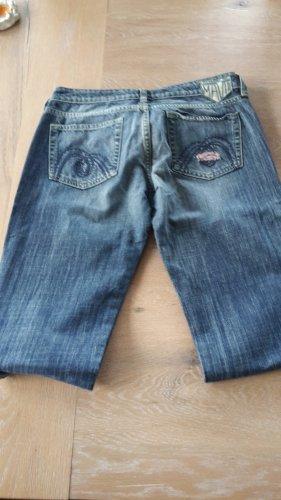 neue und ungetragene Mavi-Jeans