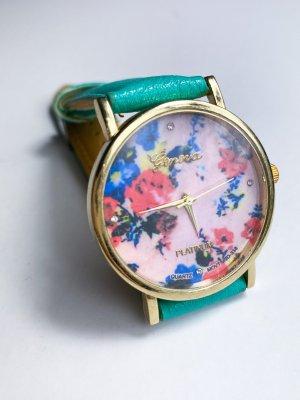 neue ungetragene Statement Uhr im Vintage Look