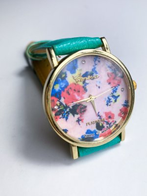 Analoog horloge groen-turkoois