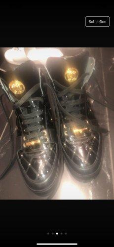 Gianni Versace Zapatos de marinero negro-color oro