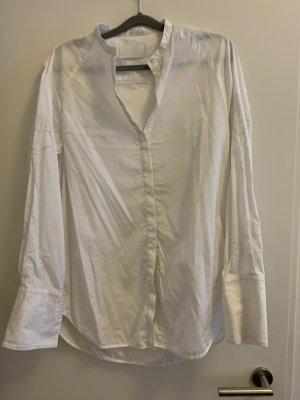 Neue weiße Bluse von h&m premium, Größe 40. hat sehr schöne Stickereien an den Ärmeln.