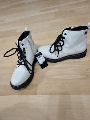 Bruno Banani Lace-up Booties white