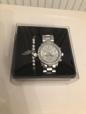 0039 Italy Horloge met metalen riempje veelkleurig