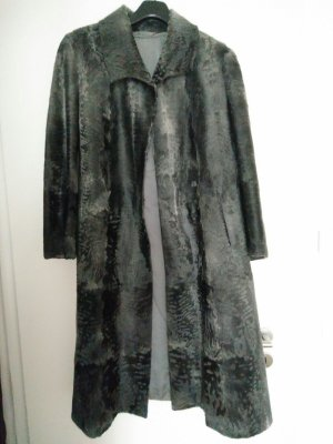 Manteau de fourrure gris foncé-gris anthracite fourrure