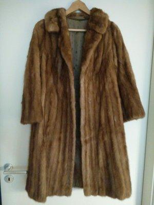 Manteau de fourrure chameau-marron clair fourrure