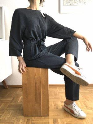 Neuer Jumpsuit grau weit geschnitten