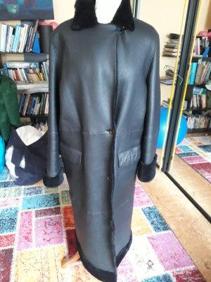 Pielini Pelt Coat black pelt