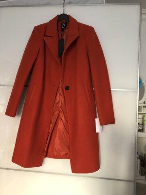 Neuer Mantel