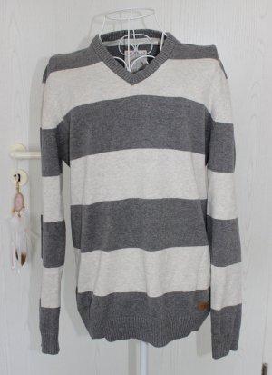 • Neuer Pullover von Esprit