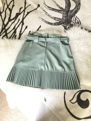 Falda de cuero de imitación verde grisáceo Poliuretano