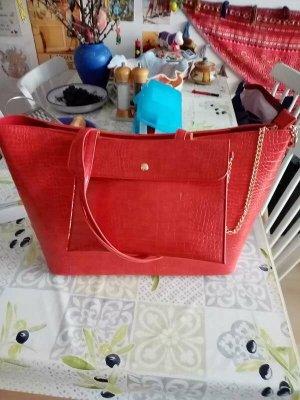Neuer, roter Kunstleder-Shopper von CCC