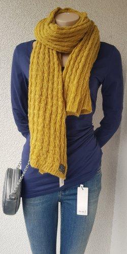 Sciarpa lavorata a maglia giallo