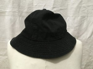neuer weekday bucket hat