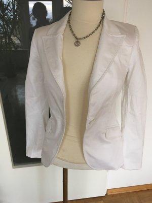 Neuer weißer Blazer