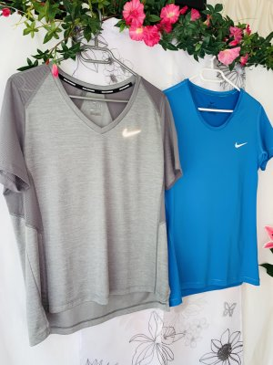 NEUES 2-er SET >> NIKE << Damen Sport Shirts Gr. L 38/40