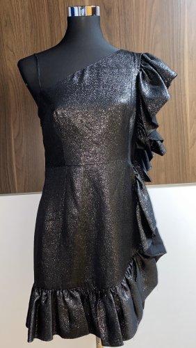 Neues Abendkleid von Sandro Paris