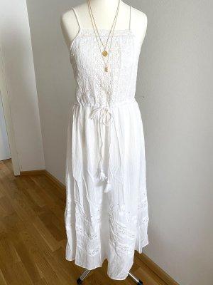 Neues Baumwollkleid von Zara