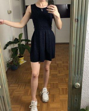 Neues Blaues Skater Kleid mit Gürtelschlaufen