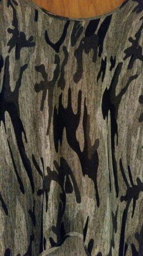 Neues Camouflage Shirt