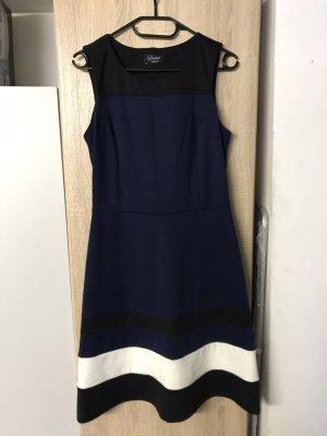 Neues dunkelblaues knie langes Kleid mit weißem schwarzen streifen